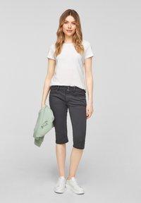 QS by s.Oliver - Denim shorts - dark grey - 1