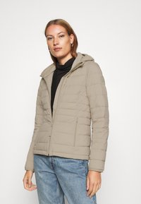 Abercrombie & Fitch - PACKABLE PUFFER POLY - Light jacket - grey - 0