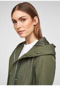 s.Oliver - MIT TAILLIERUNG - Short coat - khaki - 5