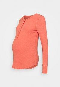 GAP Maternity - RELAX - Pitkähihainen paita - hot sauce - 0
