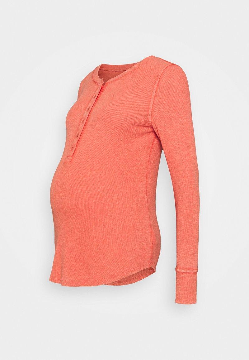 GAP Maternity - RELAX - Pitkähihainen paita - hot sauce