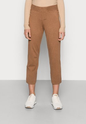 NOIAN CULOTTE PANT - Tracksuit bottoms - toasted coconut
