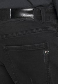 AMICCI - MILAZZO  - Jeans Tapered Fit - black - 4