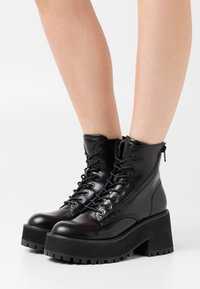 Coolway - YELINA - Platform ankle boots - black - 0