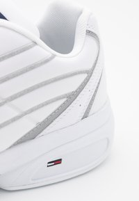 Tommy Jeans - HERITAGE MIX REFLECTIVE - Sneakers - white - 5