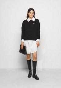 KARL LAGERFELD - IKONIK MINI CHOUPETTE - Sweatshirt - black - 1