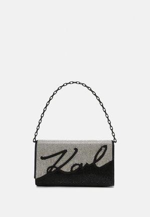 SIGANTURE BAGUETTE SPARKLE - Handbag - black/silver
