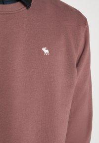 Abercrombie & Fitch - ICON CREW - Sweatshirt - burgundy - 6