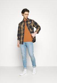 Lee - LUKE - Jeans slim fit - bleached cody - 1