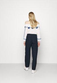 Marks & Spencer London - CARGO - Cargo trousers - dark blue - 2