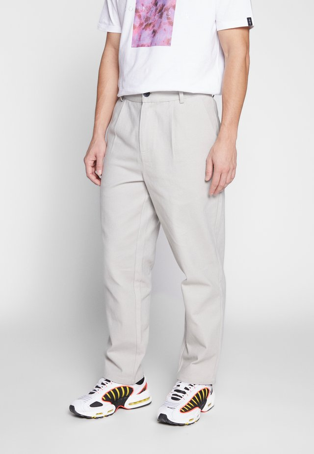 TURIN TROUSER - Chinos - grey