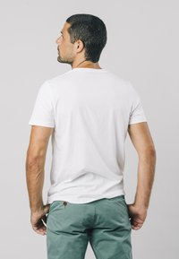 Brava Fabrics - NINJA - T-shirt print - white - 2