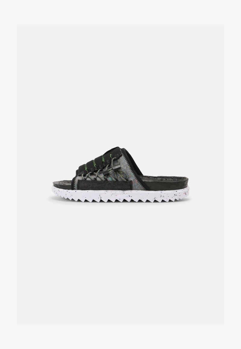 Nike Sportswear - ASUNA CRATER SLIDE - Matalakantaiset pistokkaat - black/iron grey/white/mean green