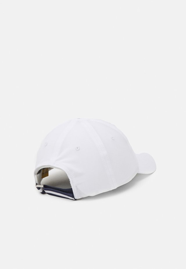 BEAR HAT - Lippalakki - pure white