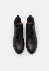 Hudson London - PALMER - Lace-up ankle boots - black - 3
