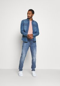 Scotch & Soda - Slim fit jeans - blue denim - 1