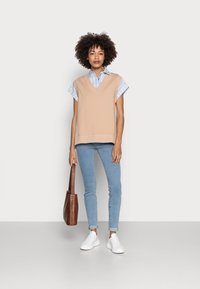 Tommy Hilfiger - STRIPE RELAXED SHIRT - Button-down blouse - blue - 1