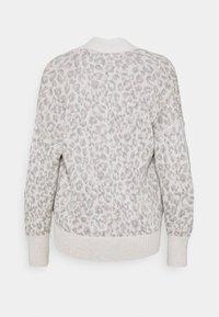 Abercrombie & Fitch - IN SLIDE SLIT PATTERN - Cardigan - light grey - 1