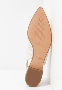 Clarks - LAINA - Slingback ballet pumps - white - 6