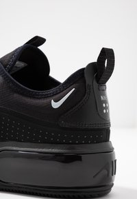 Nike Sportswear - AIR MAX DIA - Trainers - black/metallic platinum - 2