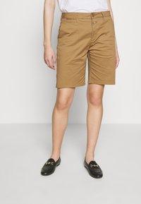 CLOSED - HOLDEN - Shorts - golden oak - 0