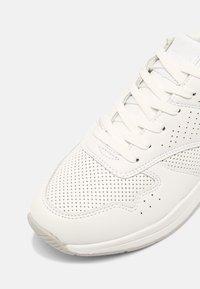 Tata Italia - NORA - Trainers - white - 7