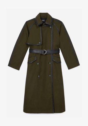 Trenchcoat - green