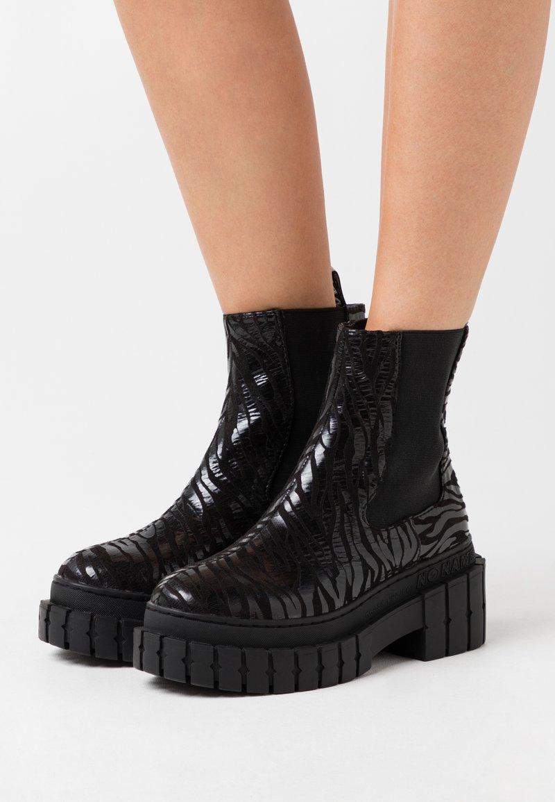 No Name - KROSS CHELSEA - Platform ankle boots - black