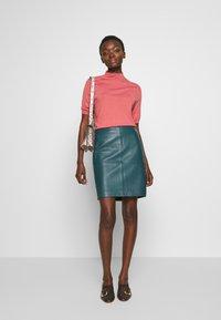 Filippa K - EVELYN - Camiseta básica - pink cedar - 1