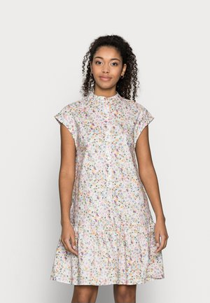 YASVEJA DRESS - Shirt dress - eggnog
