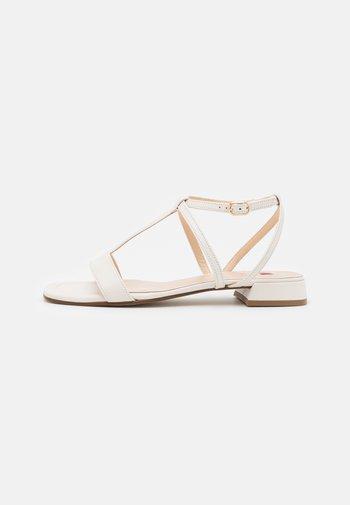LIBELLA - Sandals - creme