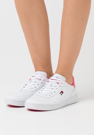 CUPSOLE  - Baskets basses - white/glamour pink