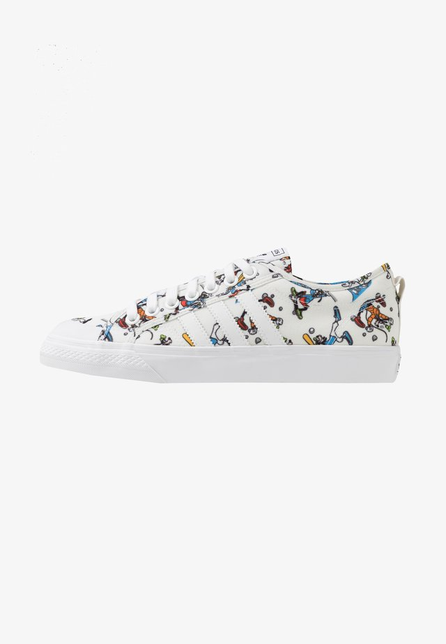 NIZZA X DISNEY SPORT GOOFY - Zapatillas - footwear white/scarlet/core black