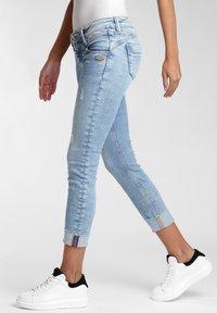 Gang - COMFORT RETRO - Jeans Skinny Fit - sky vintage - 2