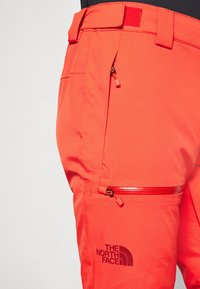 The North Face - CHAKAL PANT - Snow pants - flare - 4