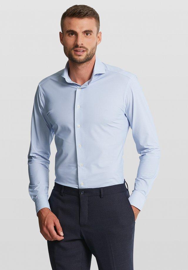 ENZO - Zakelijk overhemd - light blue