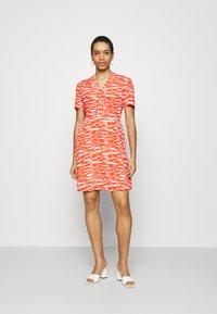 Calvin Klein - SHORT DRESS - Day dress - fiesta/ecru - 1