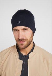 Calvin Klein Golf - BOWLINE BEANIE - Čepice - navy - 2