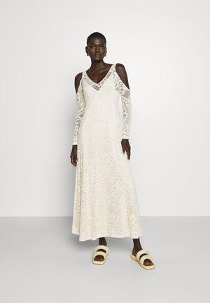 FRANCES DRESS - Svetríkové šaty - cream