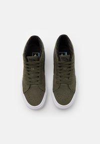 Vans - SK8 MID GORE-TEX UNISEX - Sneakersy wysokie - grape leaf/true white - 3
