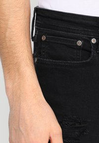 Jack & Jones - JJILIAM JJORIGINAL - Vaqueros pitillo - black denim - 3