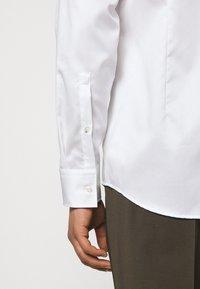 HUGO - KERY - Formal shirt - open white - 5