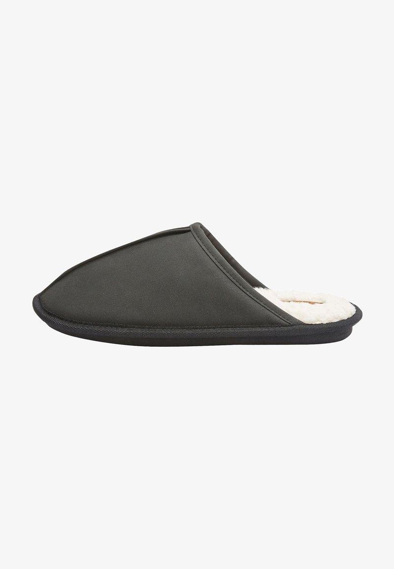 Next - WAXY FINISH - Slippers - black