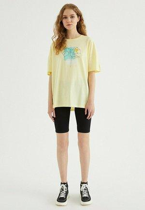 T-shirt print - french vanilla