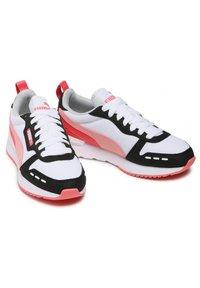 Puma - Sports shoes - pink - 4