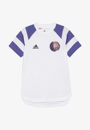 PAUL POGBA  - T-shirt z nadrukiem - white/purple