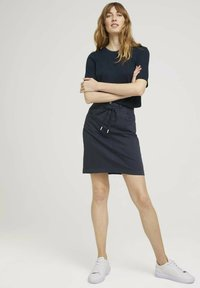TOM TAILOR - MIT KORDELZUG - A-line skirt - sky captain blue - 1