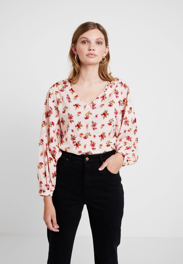 VNECK RAGLAND SPRAY - Blouse - pink