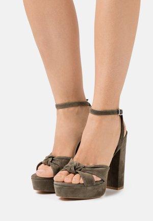 LEATHER - Sandały na obcasie - khaki