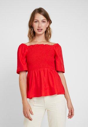 YASMINA - Blouse - fiery red